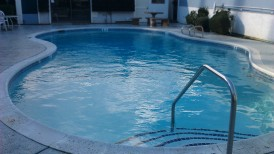 commercial-pool--white-plaster